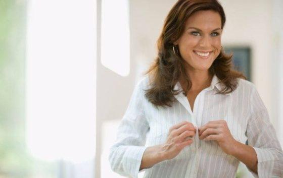 Затрудняетесь, чем вывести желтые пятна с белой одежды – воспользуйтесь проверенными средствами