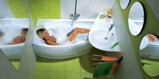 Как легко и быстро вымыть акриловую ванну от налета