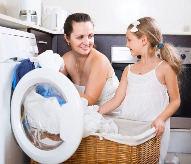 Как правильно стирать одежду и текстиль в машине-автомат?
