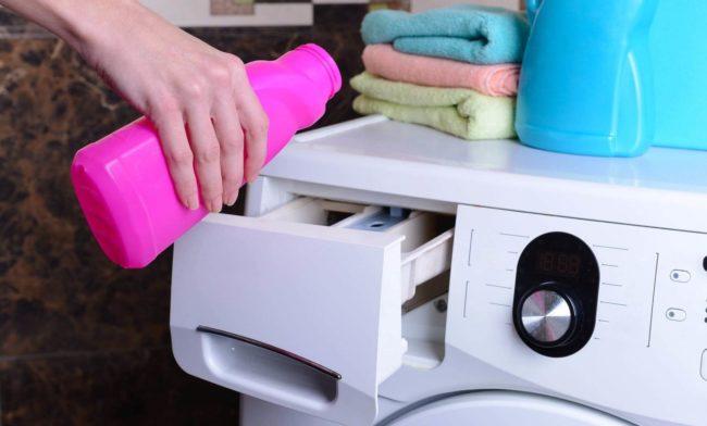 Как и чем стирать мембранную одежду в стиральной машине
