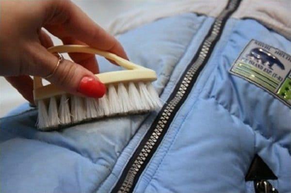 Как правильно стирать вещи из полиэстера?