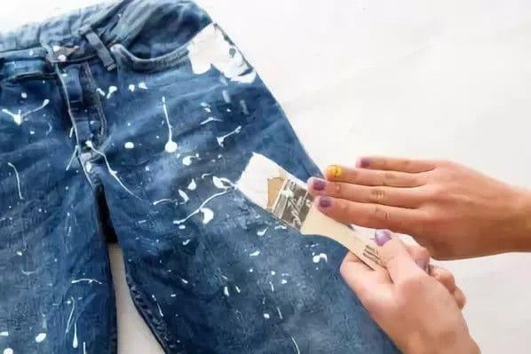 Простые правила, как эффективно отстирать пятна краски с джинсов в домашних условиях