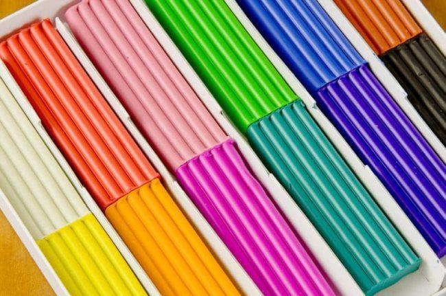 Как легко в домашних условиях отстирать пятна от пластилина?