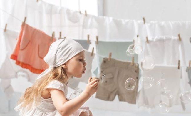 Правила выбора лучшего порошка и геля для стирки детского белья