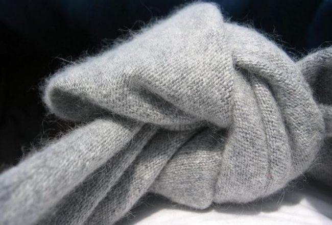 Полезные советы, как безопасно стирать шапку, кофту и другую одежду из ангорки