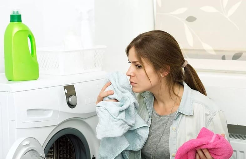 пахнет от белья после стирки в стиральной машине