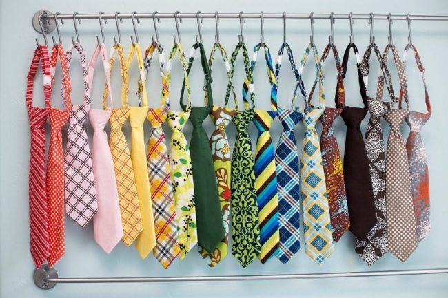 Как постирать и погладить галстук в домашних условиях
