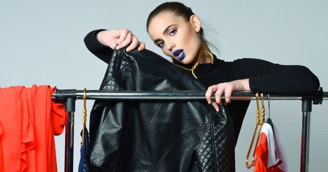 Разглаживание куртки: кожа, заменитель и другие материалы