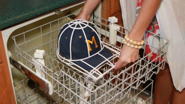Чистка кепки: как удалить загрязнения и сохранить форму