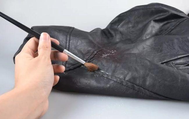 Удалить пятно на натуральной коже