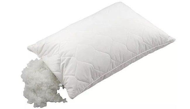 Как правильно и безопасно стирать подушки из холлофайбера