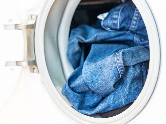 Садятся ли джинсы после стирки: что выбрать синтетику или хлопок