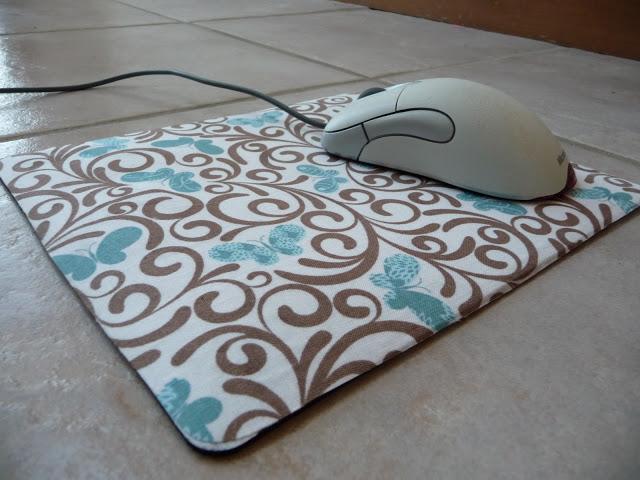 Как правильно постирать коврик для мышки?