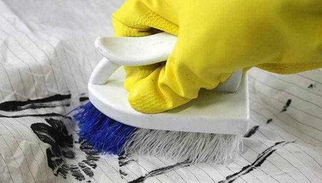 Эффективные способы удаления различных пятен с одежды