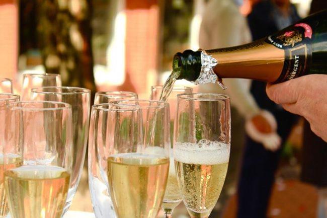Сколько можно хранить шампанское в бутылке?