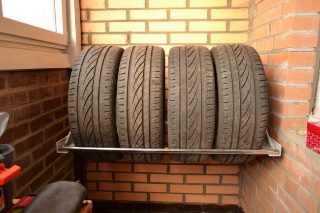Хранение шин без дисков и на дисках, зимой и летом