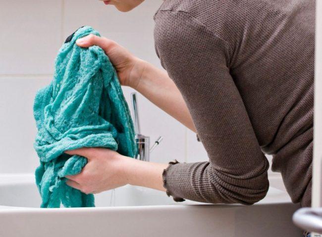Как правильно стирать вязанные вещи в домашних условиях, основные рекомендации