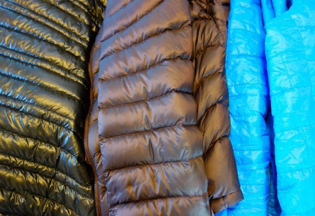 Пуховик на верблюжьей шерсти: как стирать различные виды пятен
