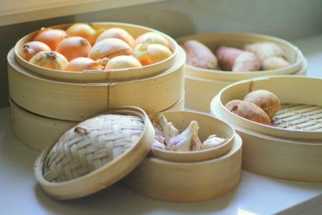 Хранение скоропортящихся овощей на кухне